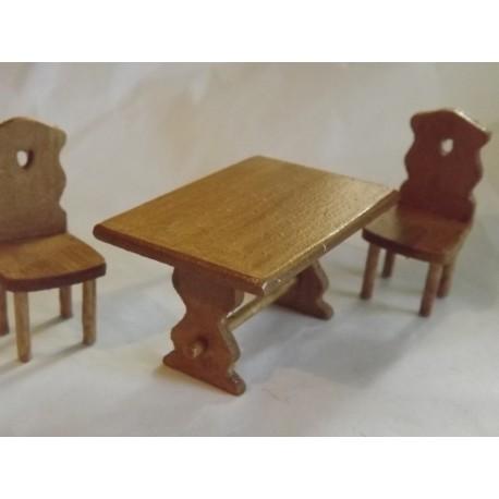 Table et 2 chaises rustiques