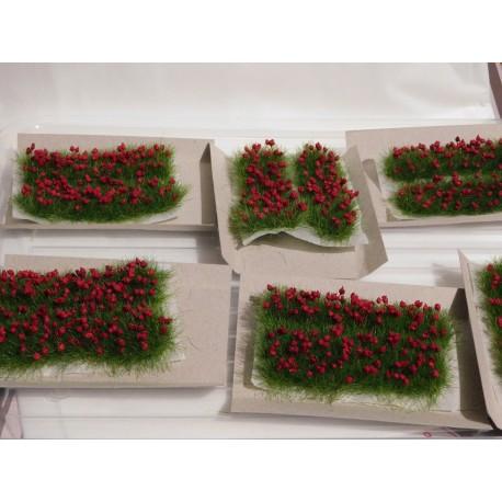2 bandes d'oeillets rouges 8cm de long