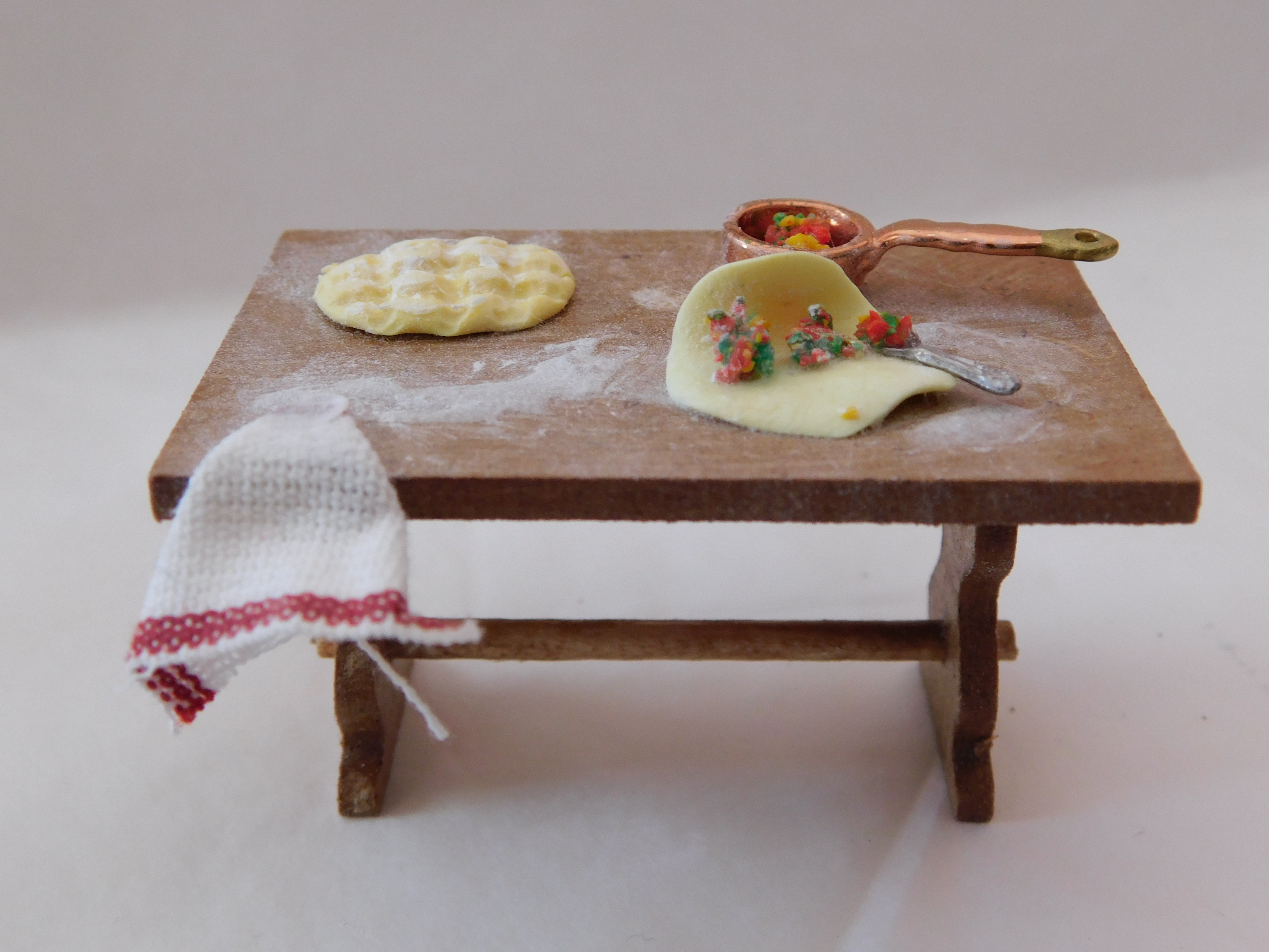 Table De Cuisine Garnie Modele F 3 2cm De Haut Didange Modelisme