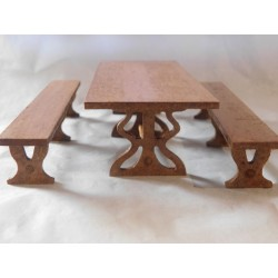 Ensemble table et 2 bancs 14cm de long