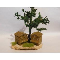 Rûche sur pierre, avec arbre, mod.2